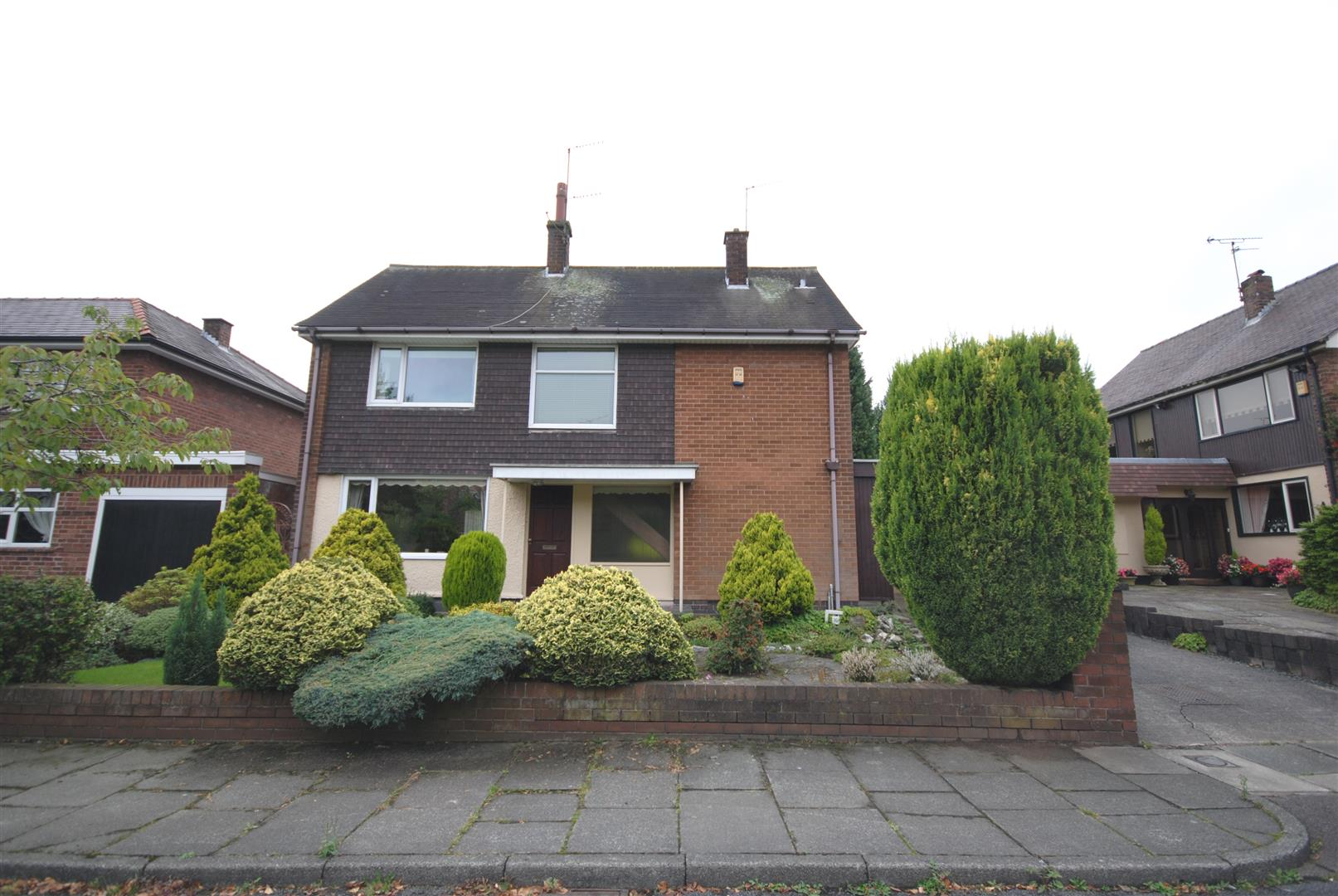 3 Bedrooms Detached House for sale in Wordsworth Avenue, Swinley, Wigan